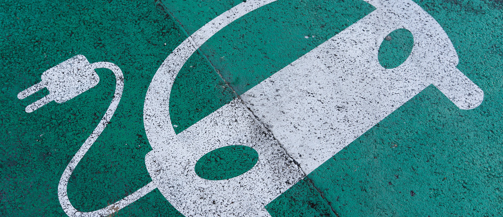 Wireless charging means electric cars could drive forever